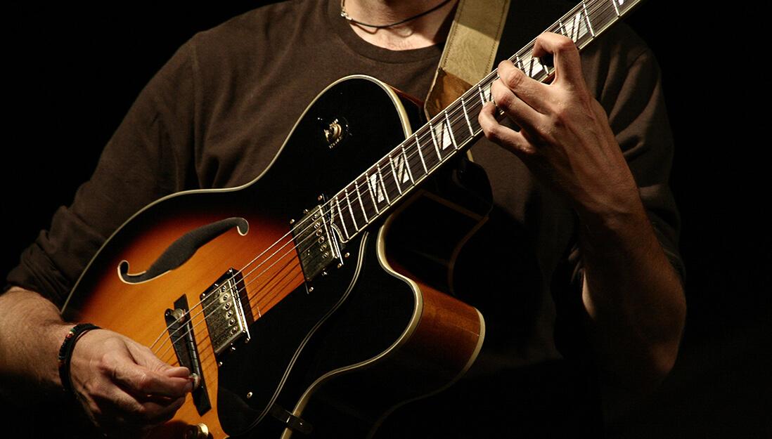 Archtop E-Gitarre