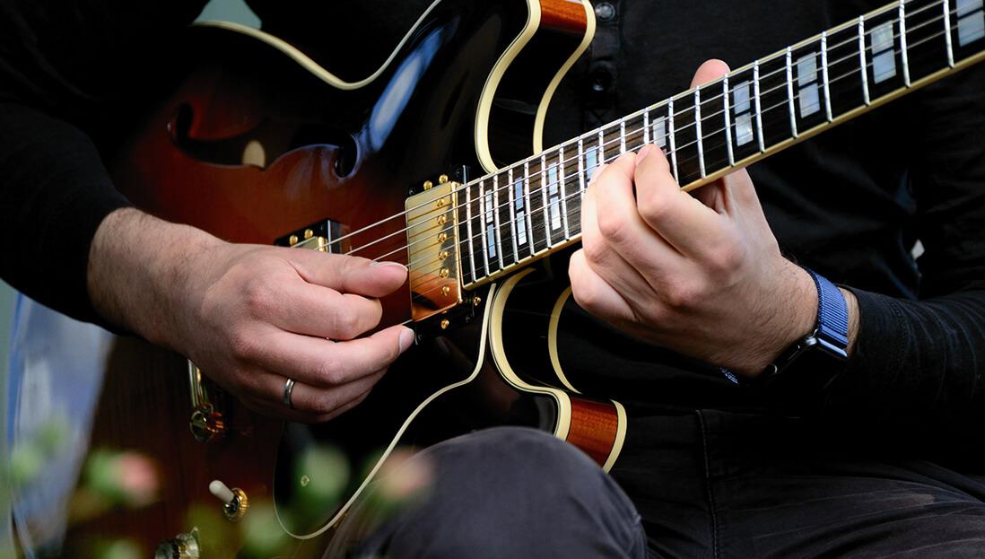 Thinline E-Gitarre